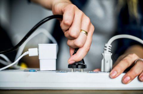 Les risques électriques (incendie, électrisation, électrocution, surcharge…)